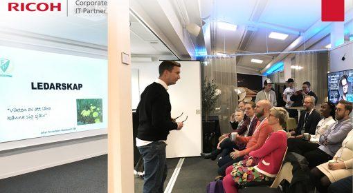 Johan Pennerborn håller förderag om Ledarskap på KBC under Karlstad Business Week